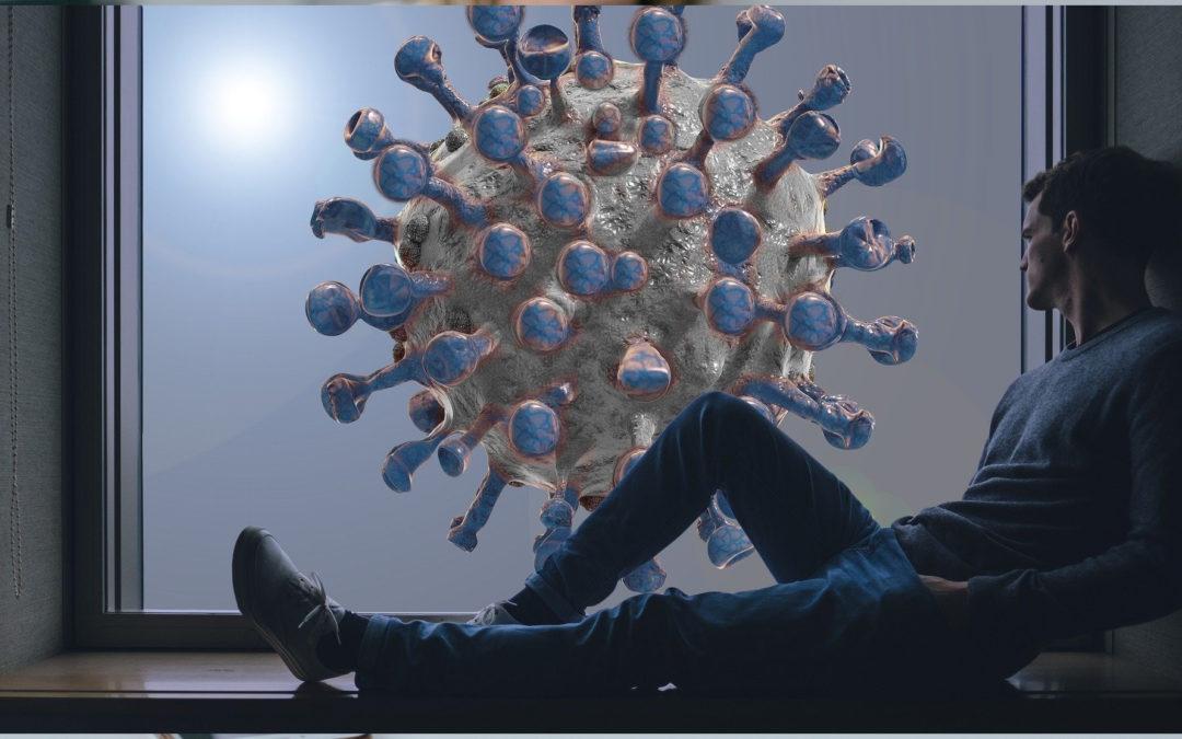Mann lehnt sich auf der Fensterbank sitzend an die wand. Vor dem Fenster: Ein riesiger Corona-Virus.